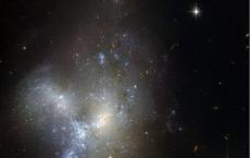 Hubble Captures Merging Galaxies