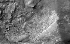 Snow Flakes are Fine Particles on Mars