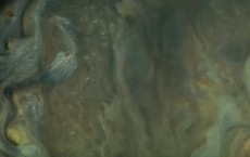 Juno's Perijove 06 Flyby In 125-Fold Time-Lapse