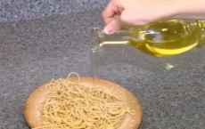 Study: Extra Virgin Olive Oil Protects Brain Against Alzheimer's Disease