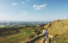 Walking downhill after meals boosts bone health in postmenopausal women with diabetes (Image)