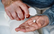 How to take opioids without addiction?