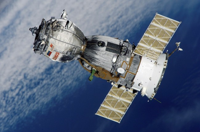 Can Satellite Imagery Predict Stock Prices and Business Profits?