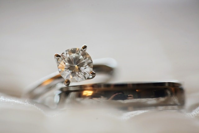 Synthesized Diamonds: From Functionality To Luxury